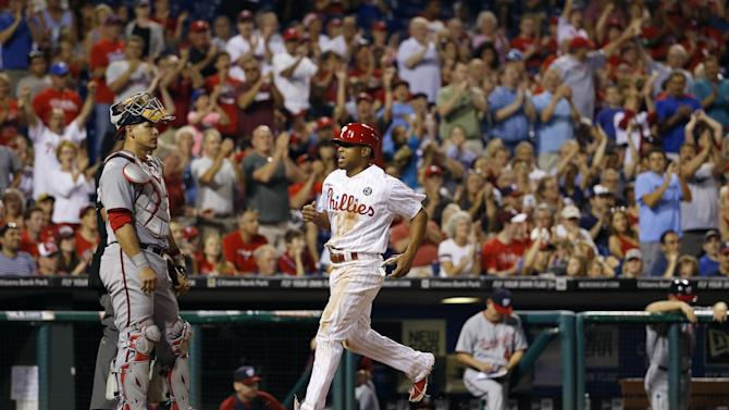 Galvis and Ruf homer as Phils beat Nationals 4-3