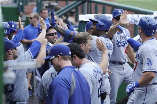 Kemp homers, hurts ankle; Dodgers top Nats 9-2