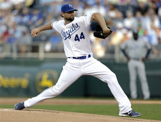 Hochevar stars for Royals in 8-0 rout of Rays