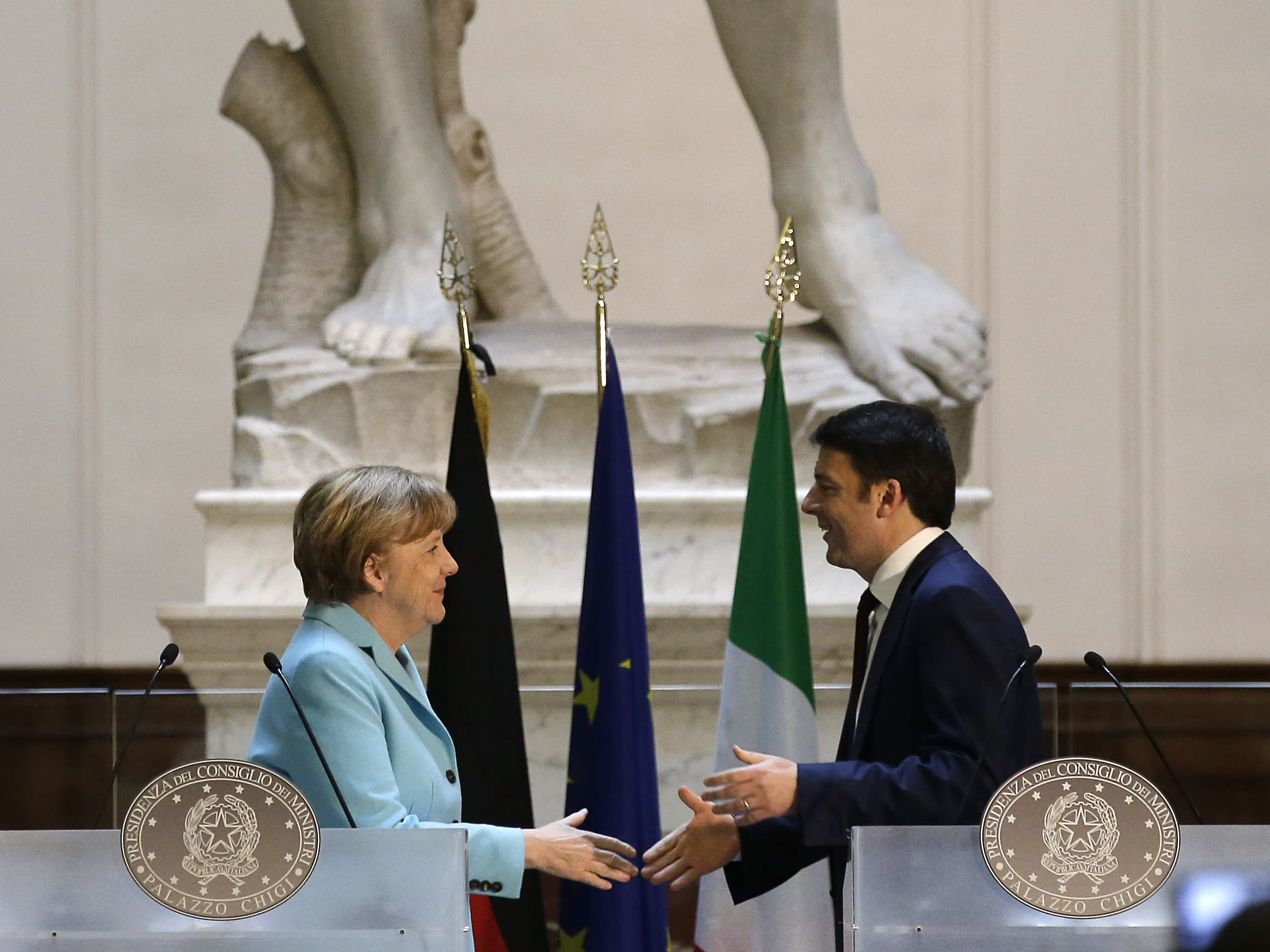 Merkel encouraged by Italian reforms