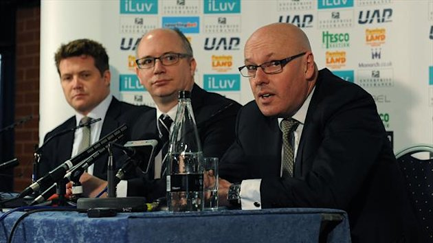 Brian McDermott, right, was sacked by Reading last month