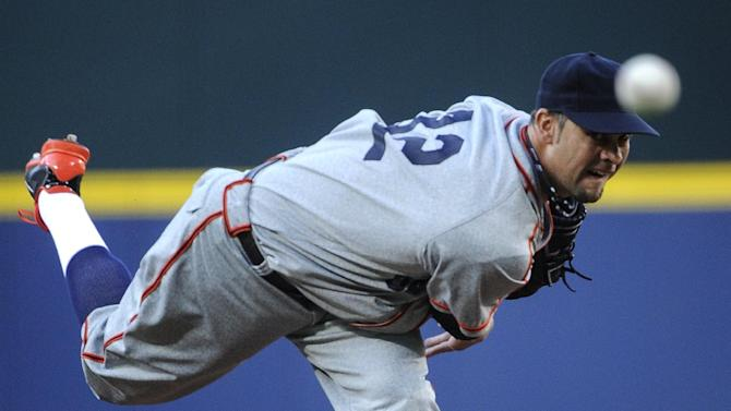 Giants hit 3 HRs to beat slumping Braves 3-1