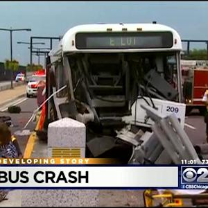14 Hurt In Shuttle Bus Crash At O'Hare