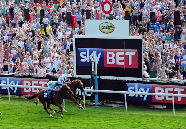 Horse Racing - Music Showcase Weekend - York Racecourse