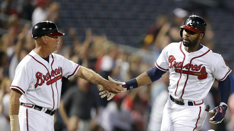 Johnson, Heyward back Beachy in Braves' win