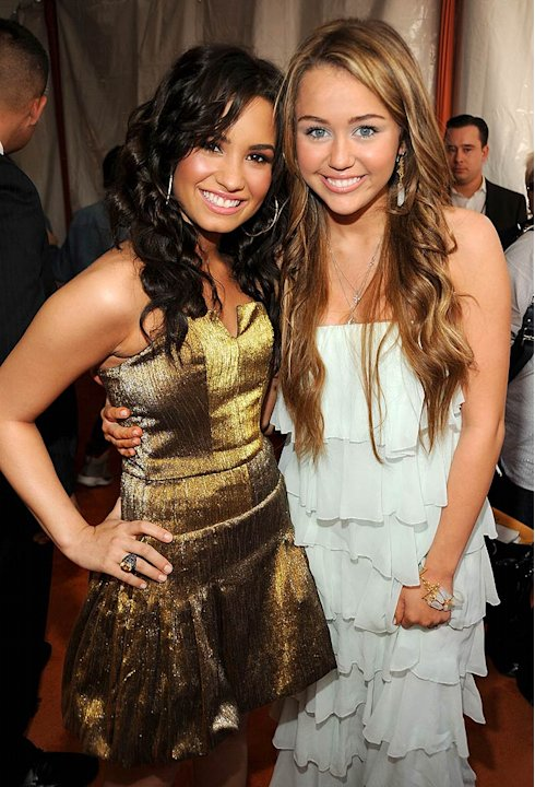 Demi Lovato and Miley Cyrus arrive at &quot;Nickelodeon's 2009 Kids' Choice Awards&quot; at UCLA's Pauley Pavilion on March 28, 2009 in Westwood, California. 