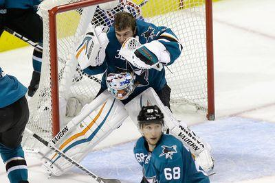 Sharks goalie robs Evgeni Malkin at point blank range
