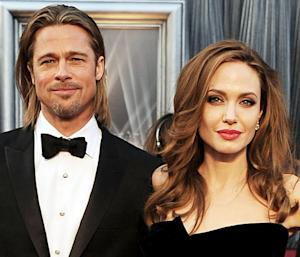 Angelina Jolie, Brad Pitt Have Valentine's Day Date With Twins Vivienne and Knox -- at Natural History Museum