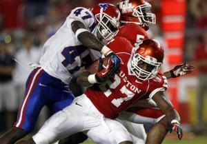 Louisiana Tech outguns Houston 56-49
