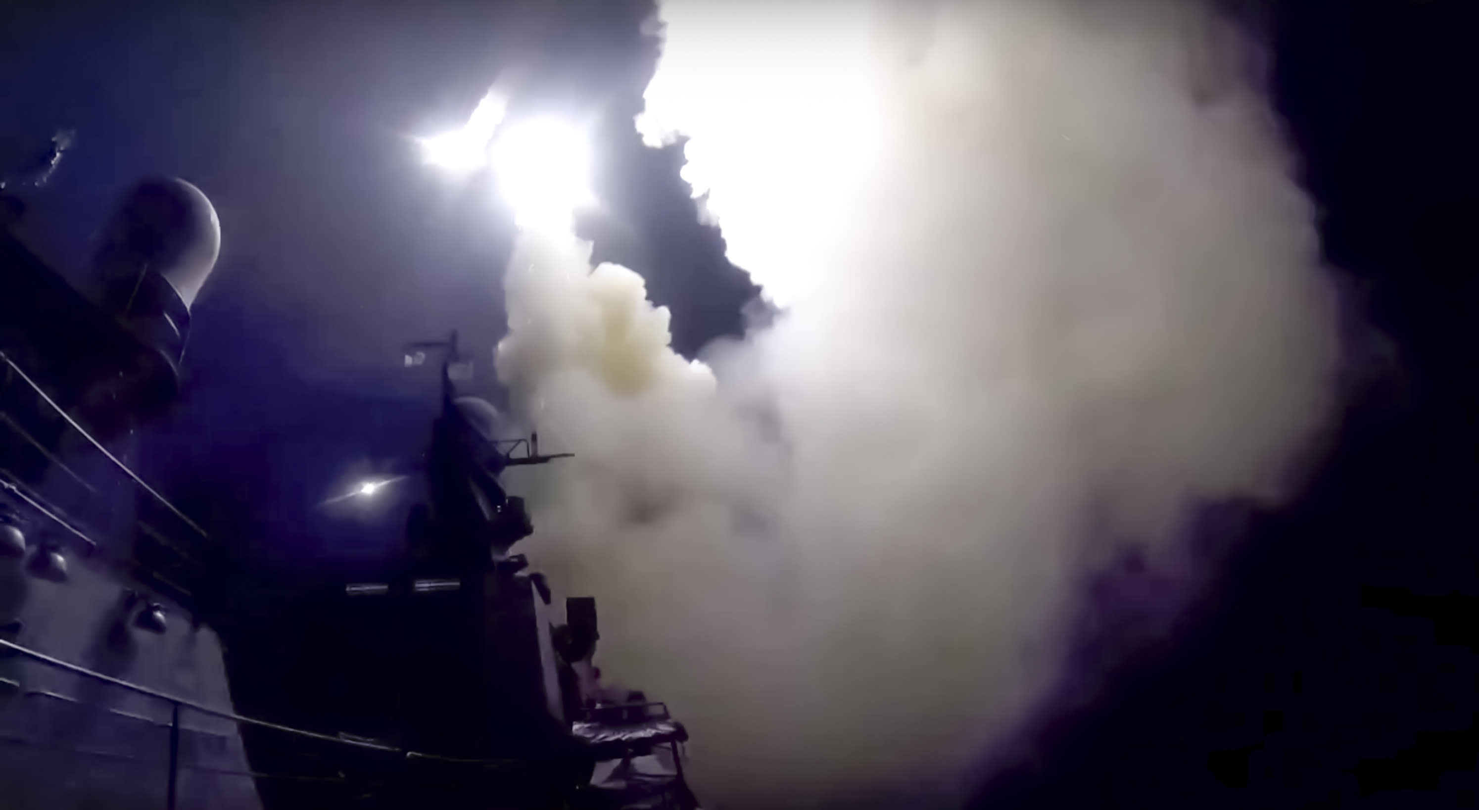 Syrian general lauds Russian strikes amid ground offensive