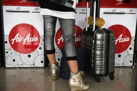 AirAsia resumes online promos, adverts after Indonesia jet crash