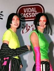 Chinese models show off hair designs in 1998 by international hairdresser Vidal Sassoon