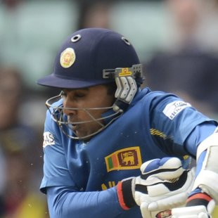 [Run-Machine In ODIs]: Jayawardene go past Dravid