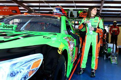 Danica Patrick in contract and sponsorship limbo, remains committed to Stewart-Haas Racing