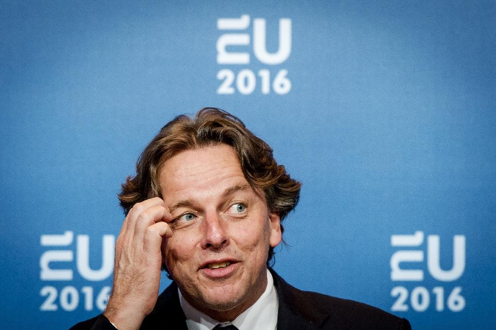 Dutch to work to keep Schengen alive as EU president: foreign minister