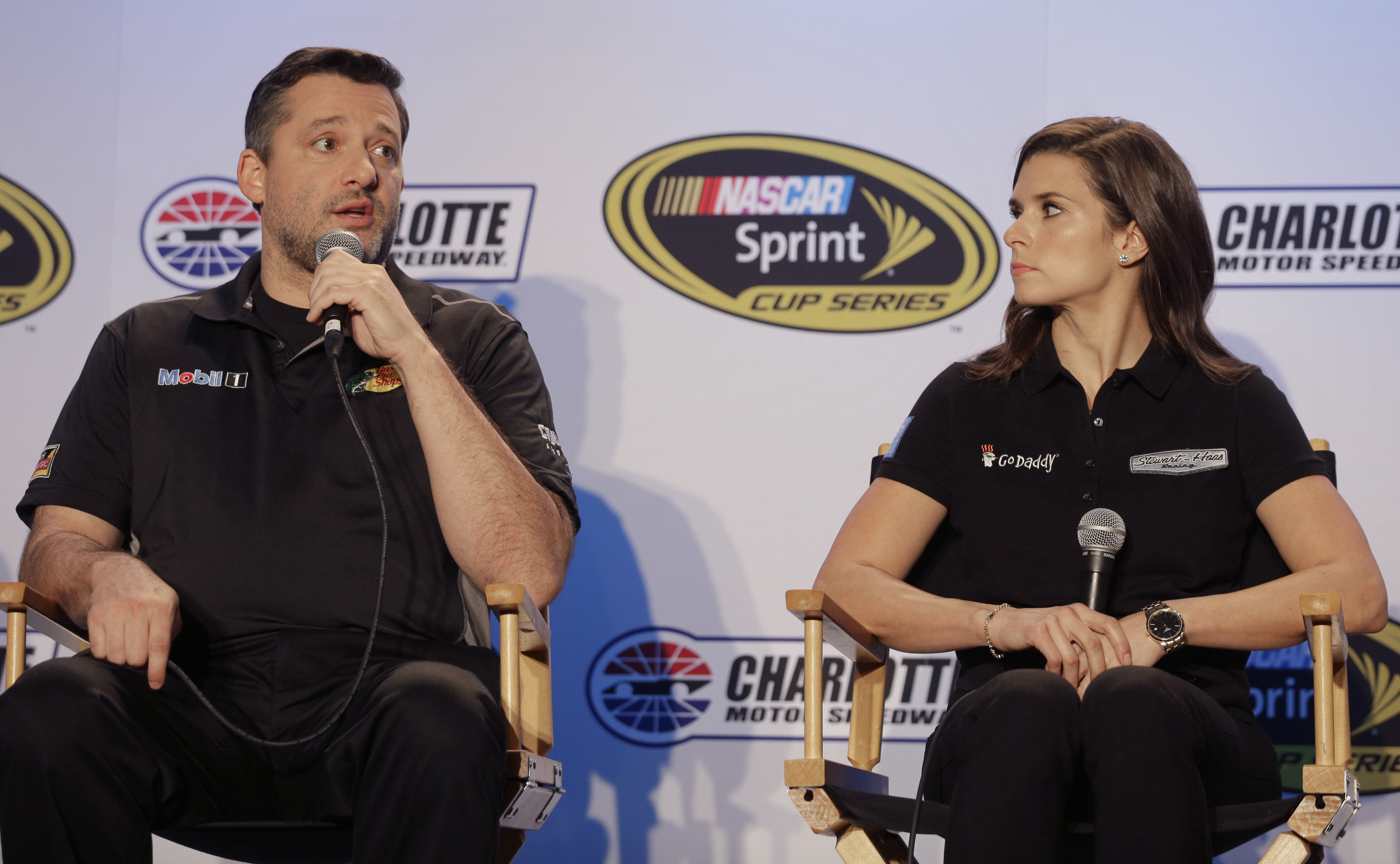 Tony Stewart returns with a swagger not seen in 2 years