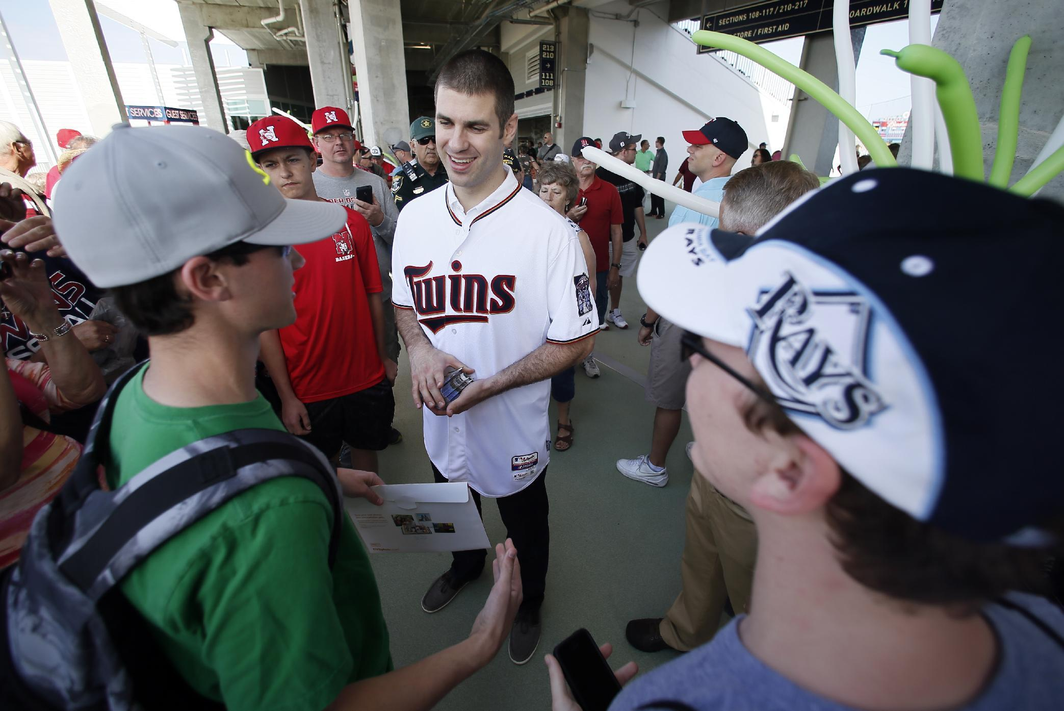 Hometown boys Molitor, Mauer trying to turn Twins around