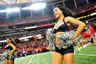 Atlanta Falcons cheerleaders. (Getty Images)