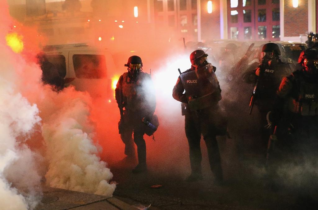 Justice report finds racial bias in Ferguson police: reports