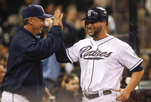 Venable, Suppan lead Padres to 3-1 win over Rox