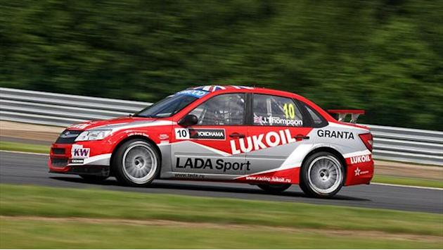 WTCC - Thompson leads warm-up
