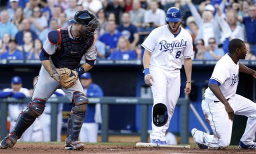 Royals rally for 7-3 victory over Twins