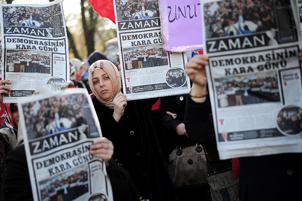 Turkish police detain newspaper editor for 'insulting Erdogan'