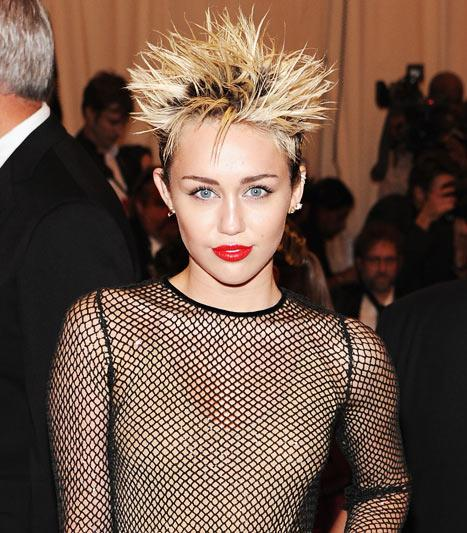 Miley Cyrus: I Saw Ghosts in My Haunted London Apartment