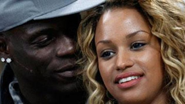 Balotelli offers girlfriend to Real Madrid…