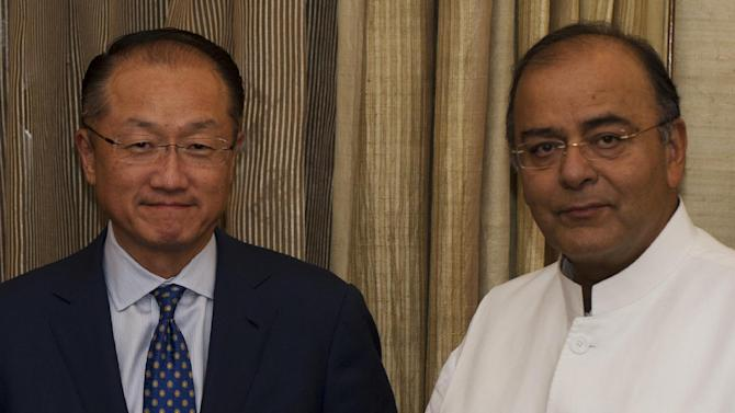 World Bank president Jim Yong Kim (L) and Indian Finance Minister Arun Jaitley pose for a photograph during a meeting at the Ministry of Finance in New Delhi on July 22, 2104
