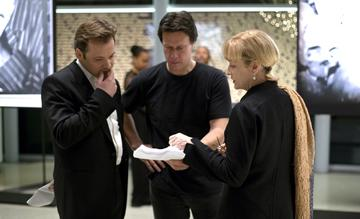 Peter Sarsgaard , director Gavin Hood and Meryl Streep on the set of New Line Cinema's Rendition