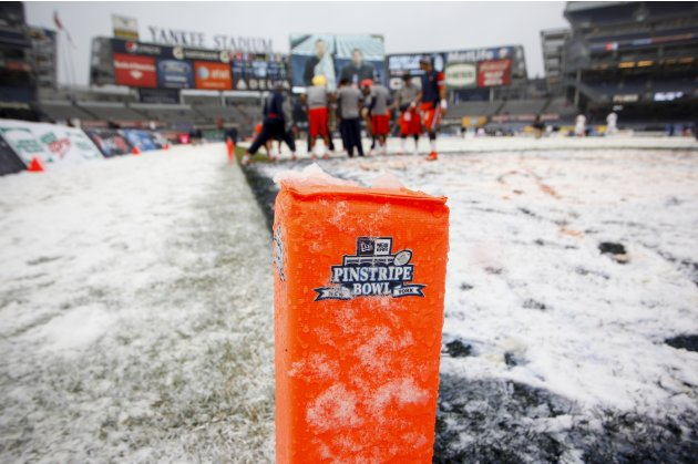 New Era Pinstripe Bowl - West Virginia v Syracuse