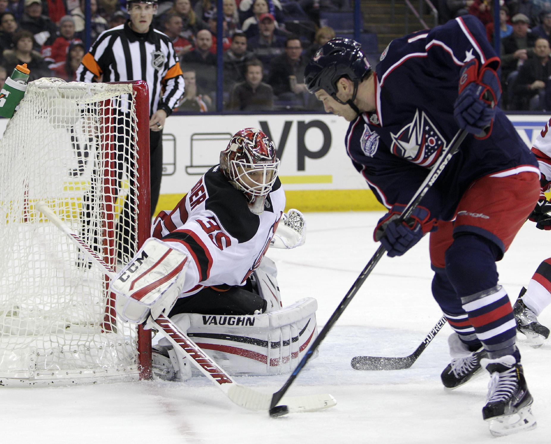 Cory Schneider's 33 saves lift Devils over Blue Jackets 2-0