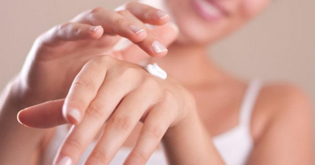 20 Health & Beauty Benefits Of Coconut Oil