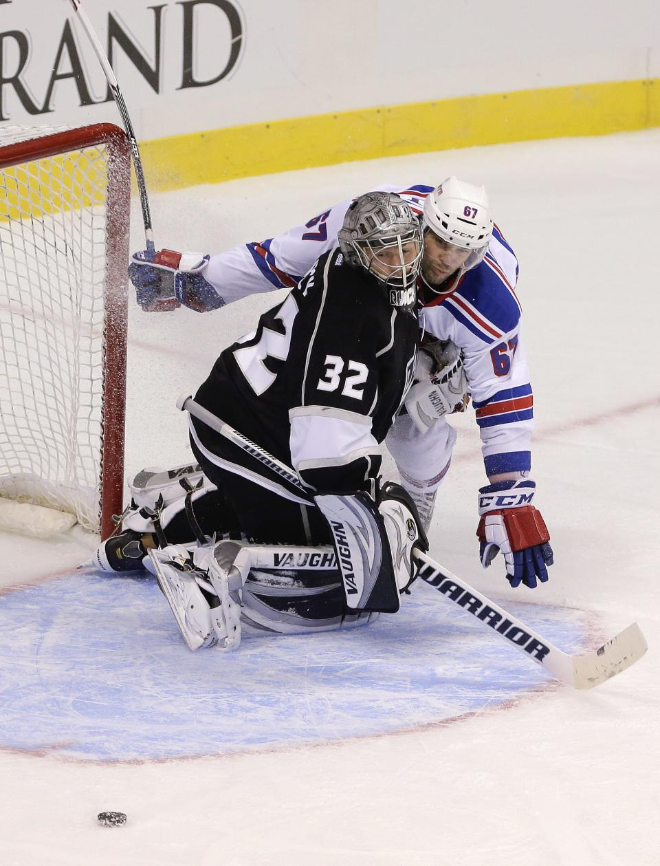 Kopitar gets quick goal as Kings beat Rangers 4-1