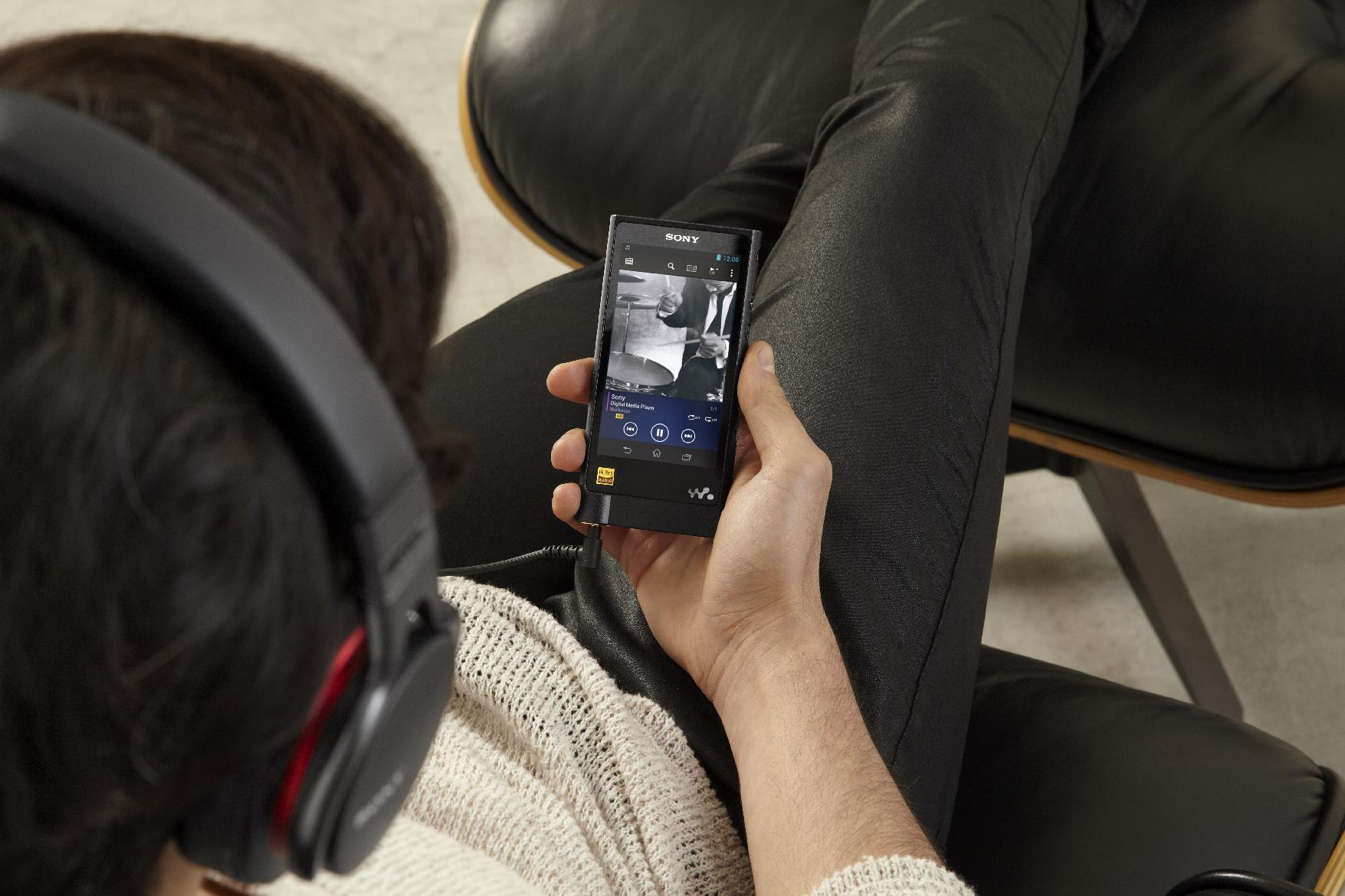 On-sale date, price revealed for Sony's new Walkman for high resolution music