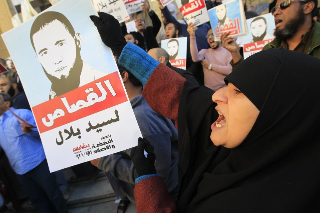 Egypt acquits policeman jailed for torture death
