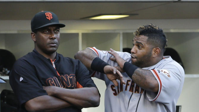 Sandoval hits 3 HRs, Giants trounce Padres 13-5