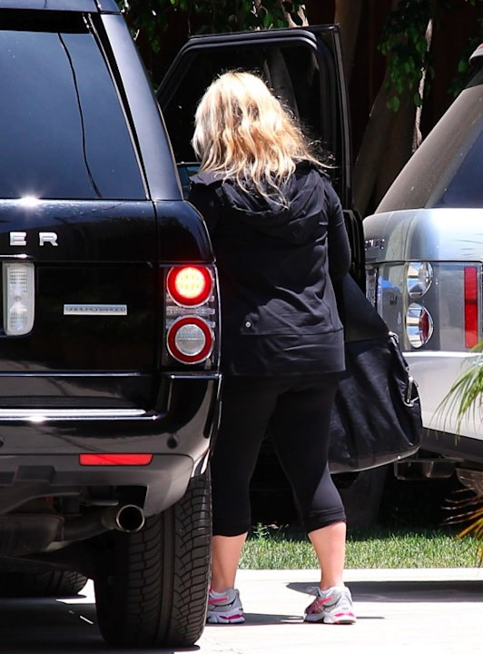 EXCLUSIVE Jessica Simpson still huge
