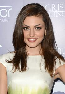 Phoebe Tonkin | Photo Credits: Jason Merritt/Getty Images