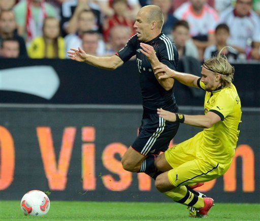 Bayern wins Supercup, beating Dortmund 2-1