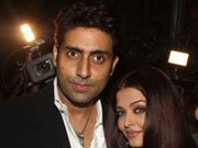 Abhishek-Aishwarya, very much in love!