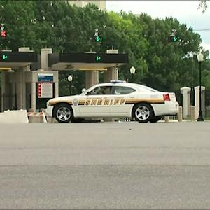 Raw: Report of Shot Fired at Walter Reed