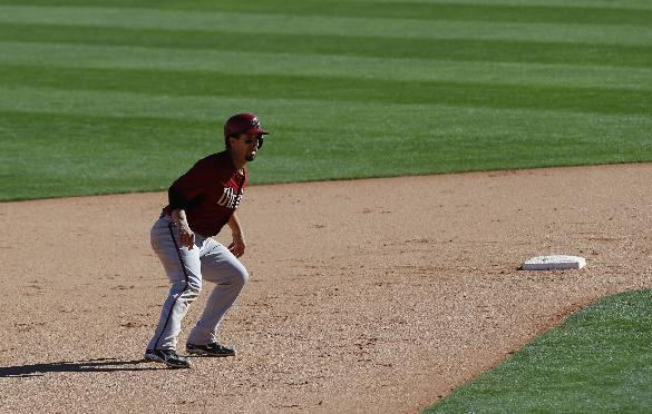Arizona Diamondbacks' Tuffy Gosewisch leads off second base against the Chicago White Sox in the ninth inning during an exhibition baseball game in Glendale, Ariz., Saturday, March 8, 2014. (AP Photo/Paul Sancya)