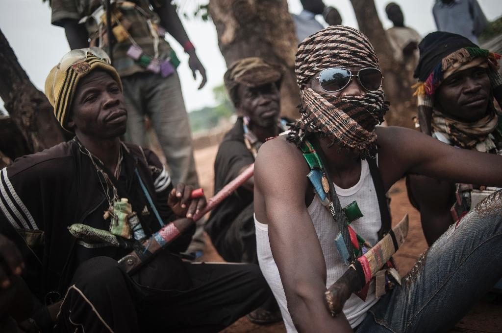 Central Africa armed groups vow to free thousands of child soldiers