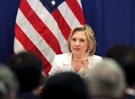 Clinton personally paid staffer to maintain private server: report