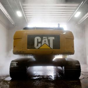 Caterpillar Sees Lower Sales For Remainder of 2014