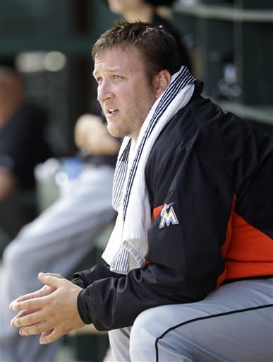 Buehrle struggles, Marlins defeat Cardinals 5-0