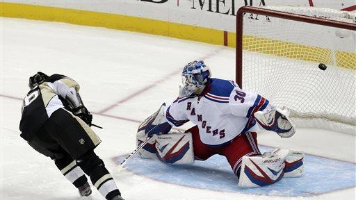 Jokinen leads Penguins by Rangers 2-1 in shootout