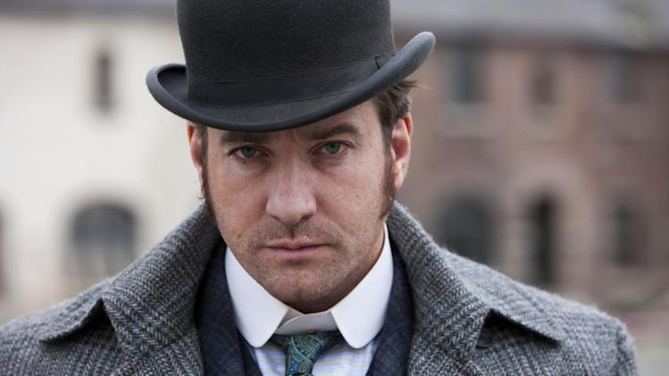 "This undated publicity photo released by  BBC shows, Matthew Macfadyen starring as Detective Inspector Edmund Reid, in a scene from ""Ripper Street"" on BBC America which debuts Saturday, Jan. 19, 2013, 9 ET.  (AP Photo/BBC, Tiger Aspect, Jonathan Hession)"